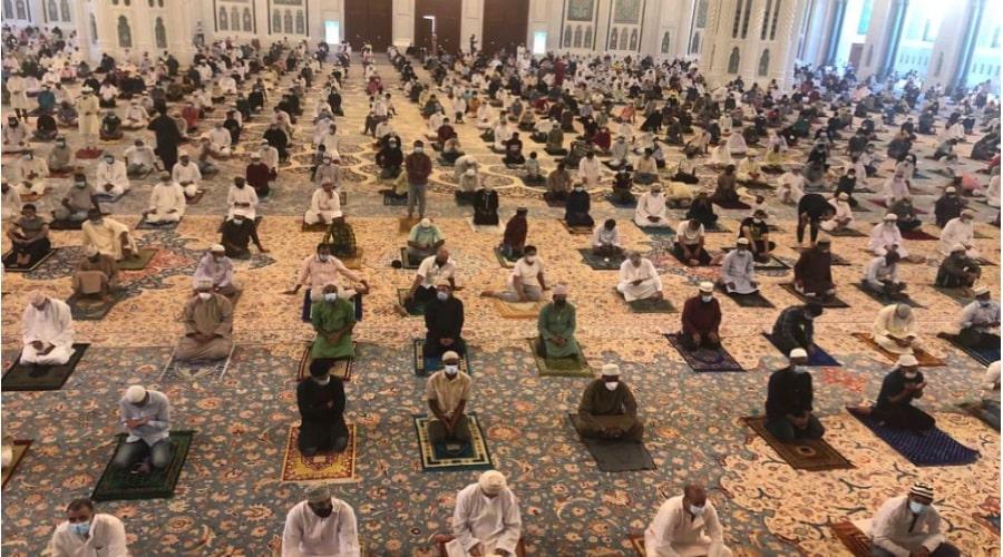 friday prayers in oman